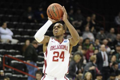 Buddy Hield Basketball Shooting