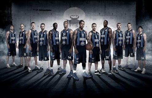 team bball pic.jpg