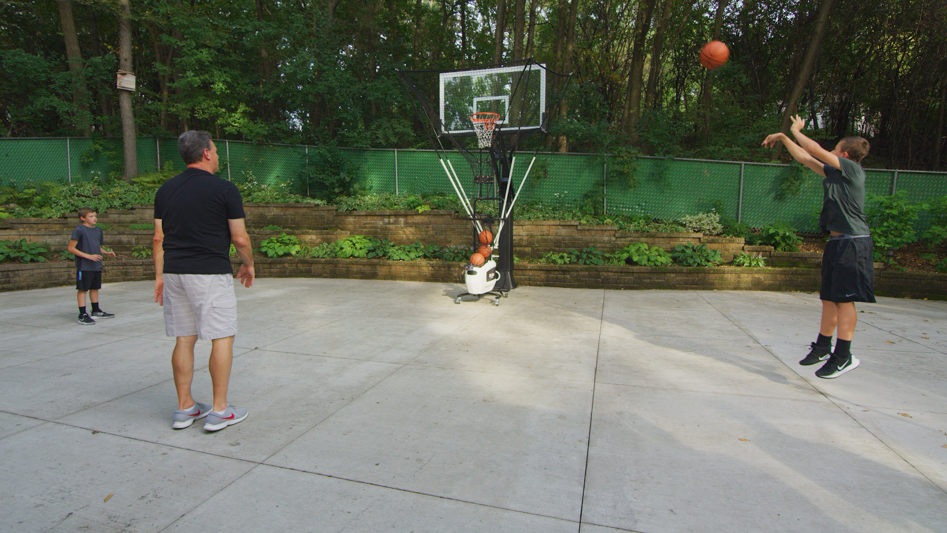 5 Features to Compare When Shopping Home Basketball Training Solutions