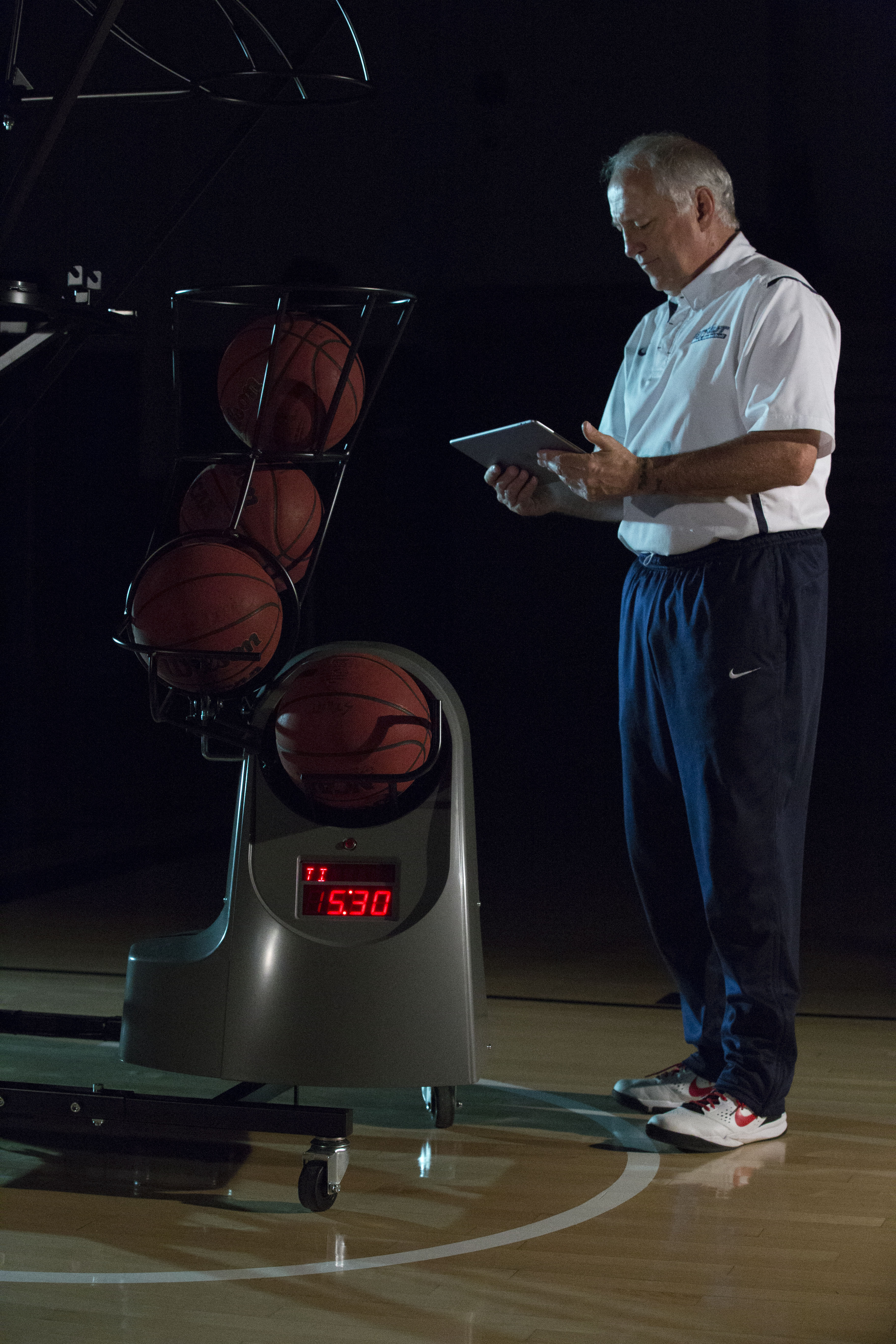 5 Ways to Gain An Edge With Your Basketball Shooting Machine