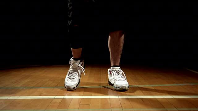 Basketball Shooting Footwork: 1-2 vs. The Hop
