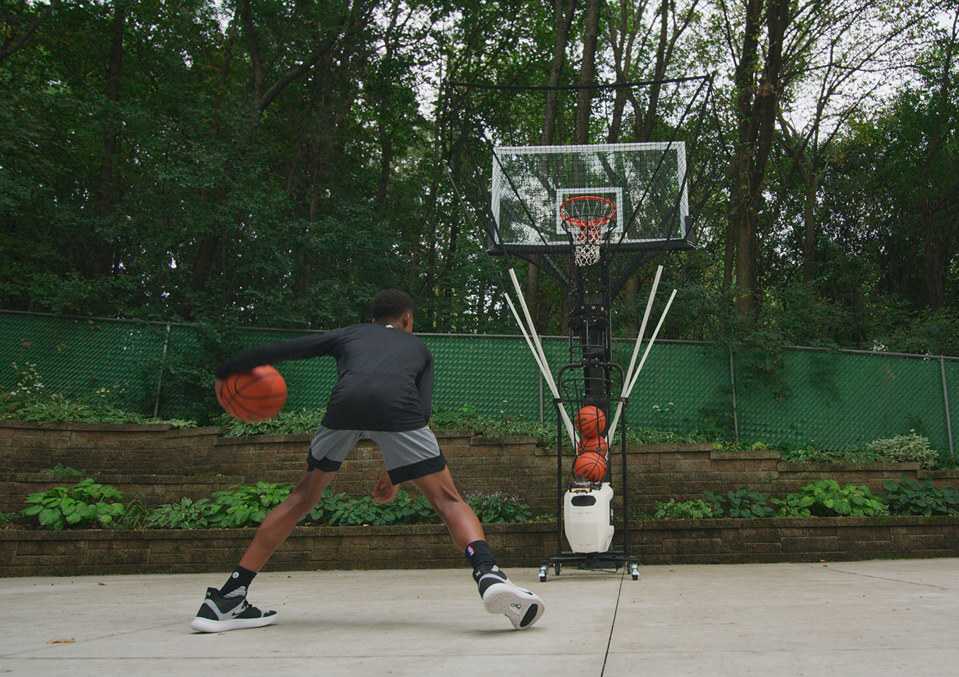 Basketball Player Tips: Why Footwork is Key to Success