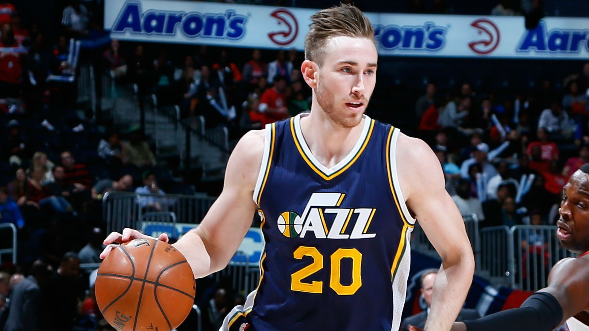 Basketball Drills: Gordon Hayward Downhill Screen Scoring