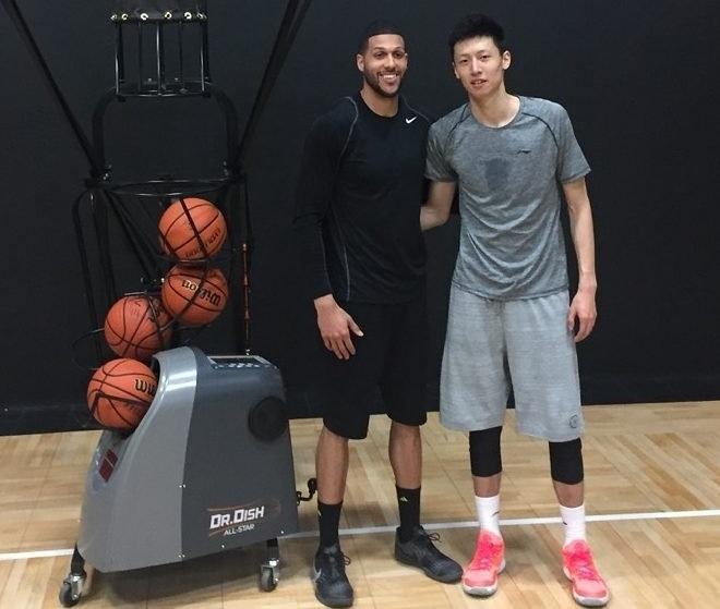 Chinese Phenom, Yanhao Zhao, Visits Dr. Dish Basketball